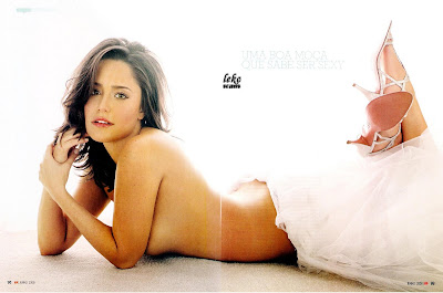 Fernanda Vasconcellos pelada