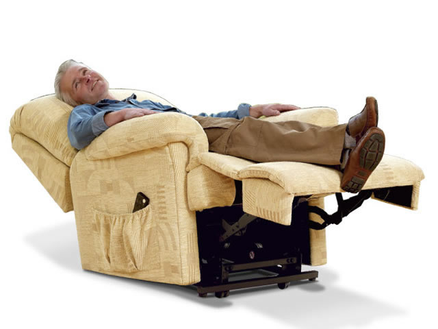 recliner chairs in UK for elderly