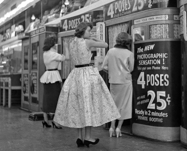 40 Stunning Black And White Photos Capture Everyday Life