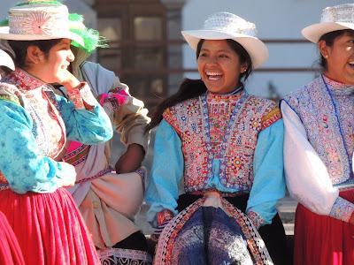 Chicas en Chivay, Valle del Colca