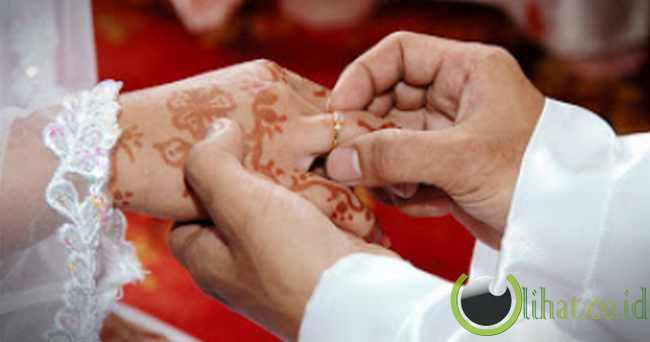 Hati-hatilah dengan siapa kamu akan menikah.