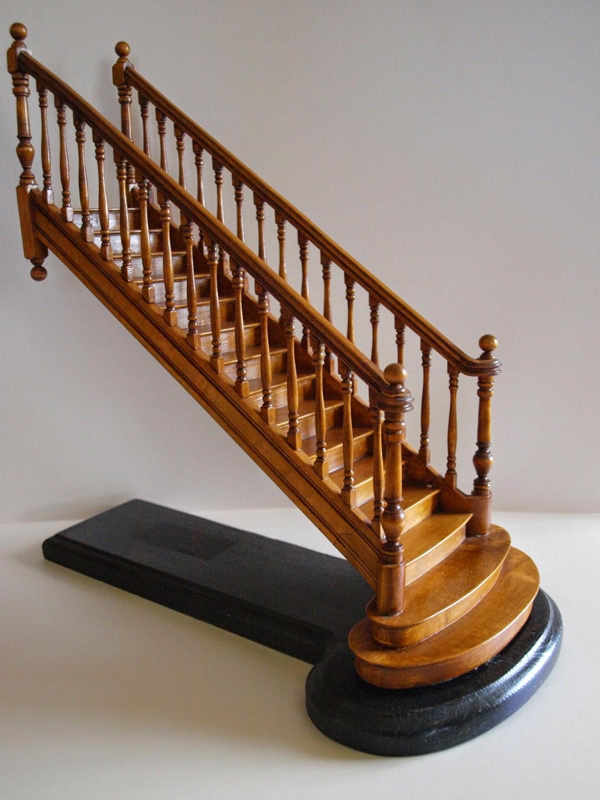 le monde en miniature les escaliers. Black Bedroom Furniture Sets. Home Design Ideas