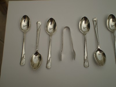 VINTAGE SET OF STERLING SILVER TEASPOONS & SUGAR TONGS c1937