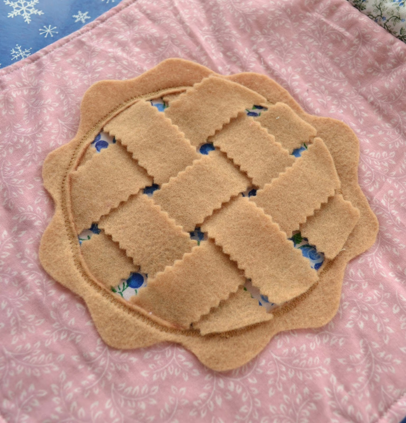 Felt Pie Crust