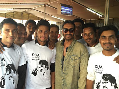 A FAN-tastic moment for Ajay Devgn