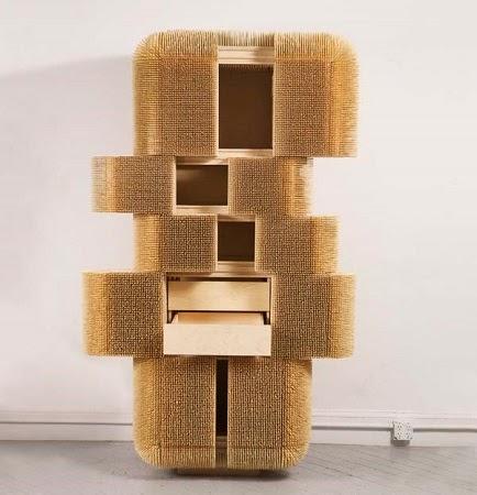 Mueble con Palillos de Bambu, Uso de Materiales Sostenibles en Muebles