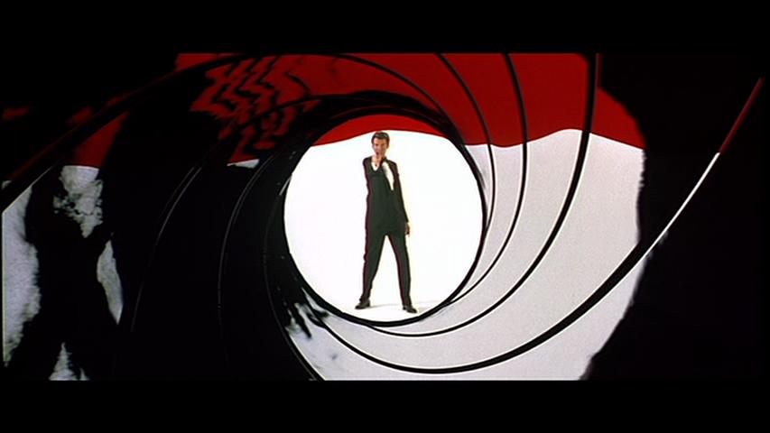 http://4.bp.blogspot.com/-Yjhq65dXl1A/UFAdF00kaEI/AAAAAAAAF8g/Hp7LjZiATY0/s1600/GoldenEye-James-Bond-Pierce-Brosnan-gun-barrel.png