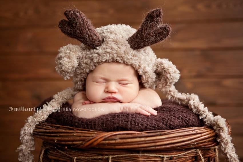 Fotografia noworodkowa, sesje zdjęciowe noworodków, zdjęcia dziecka Poznań, artystyczna zdjęcia dzieci w Poznaniu, studio fotograficzne Wielkopolska