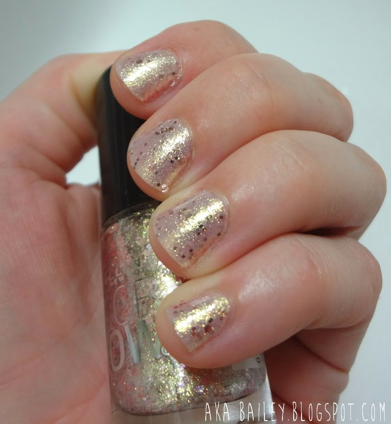 Gilded Rose from Maybelline Color Show nail polish