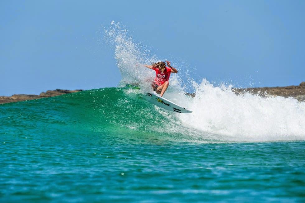 0 Roxy Pro Gold Coast 2015 Laura Enever Foto WSL Kelly Cestari