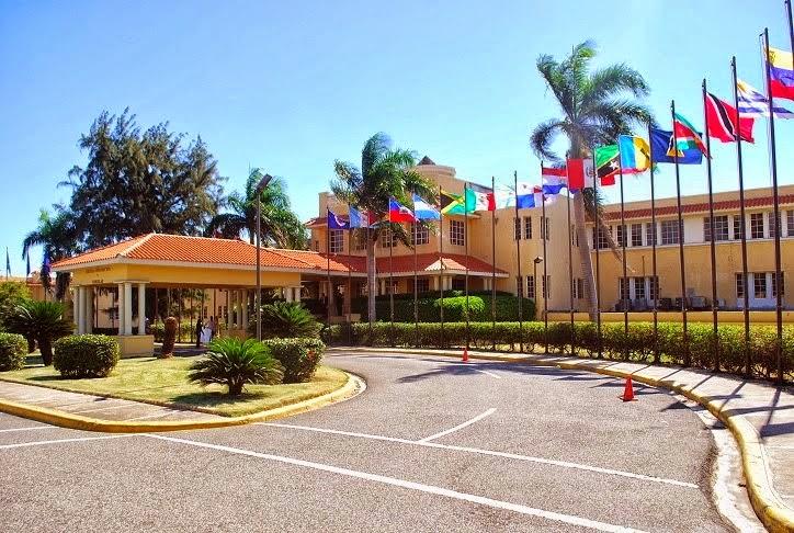 Desde la rep blica dominicana for Oficina relaciones internacionales ucm