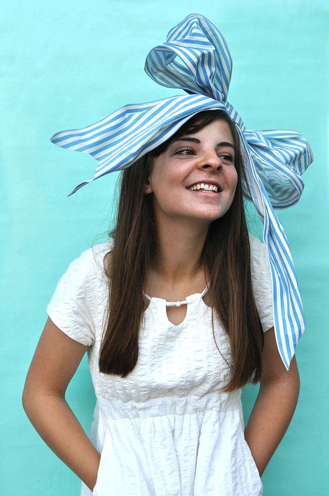 DIY Giant Bow Headband | Snowdrop and Company