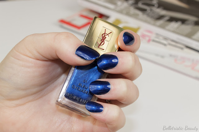Yves Saint Laurent Bleu Cyclades #51 La Laque Couture nail polish lacquer swatches, Bleu Lumiere Collection, Summer 2014, in studio lighting with forced flash