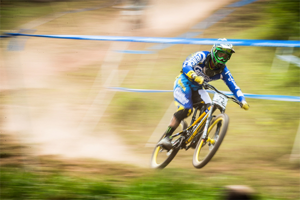 2015 Windham UCI World Cup Downhill: Practice HIghlights Sam Hill
