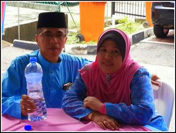 Baju Melayu Biru