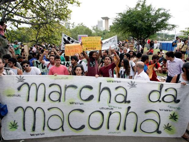 STF aprova a realização da Marcha da Maconha por unanimidade