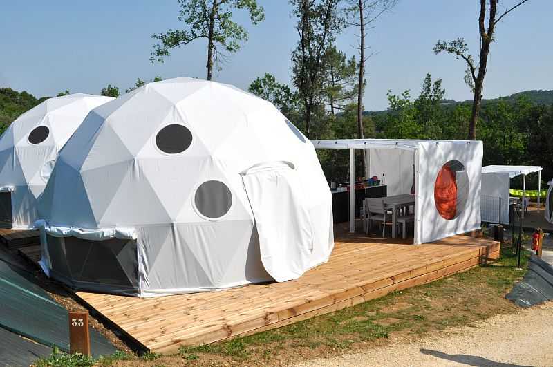 geo domes in the dordogne with glisten camping
