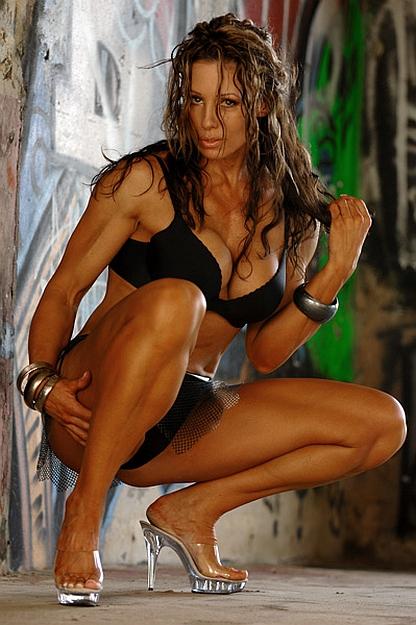 Elaine Goodlad - Personal trainer, Fitness model