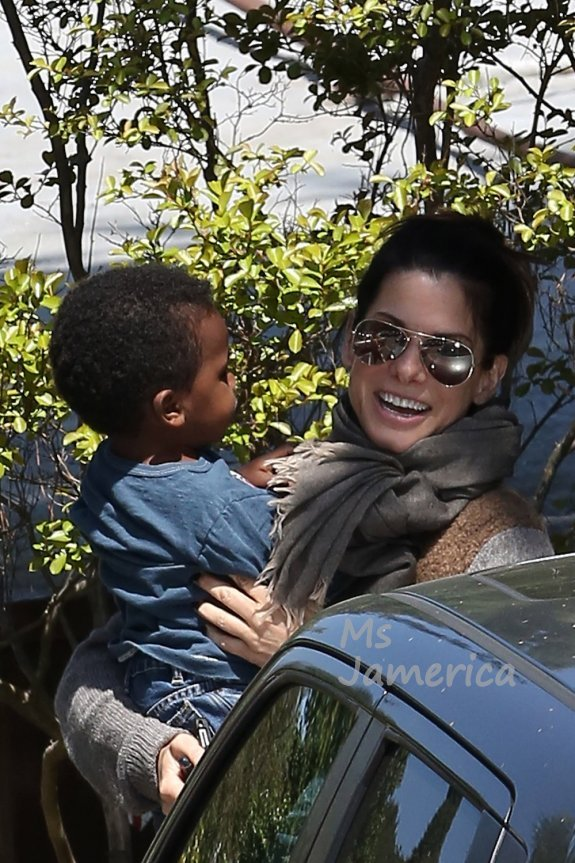 Photos: Tia Mowry, Sandra Bullock, Mel B Out And About With Their Kids ...