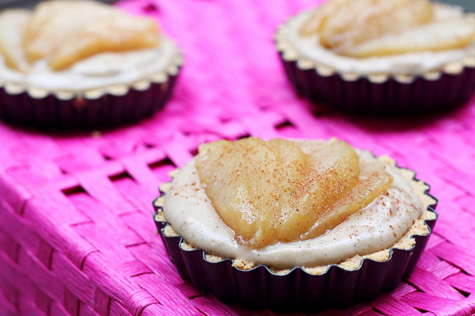 Almond Milk Chai Custard Tarts with Pears (gluten-free, refined sugar ...