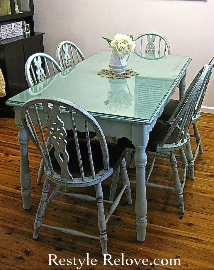 Farmhouse Style Vintage Green Dining Table Chairs