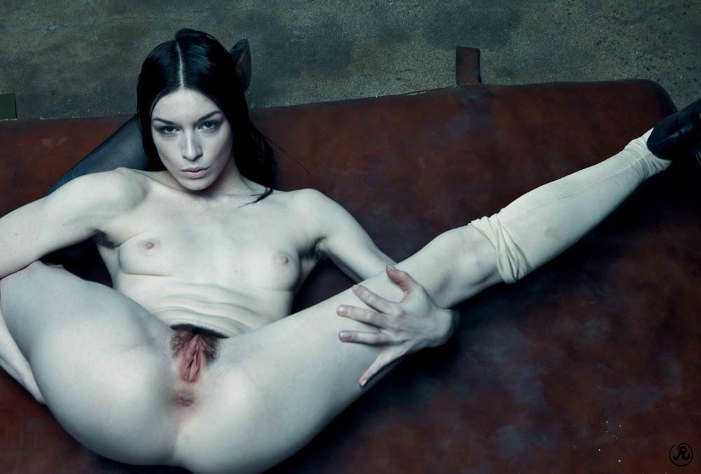 Порно русское стоя госпожи страпоном стриптиз