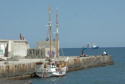 Алушта,Крым,фото,яхта,пирс, море, картинка