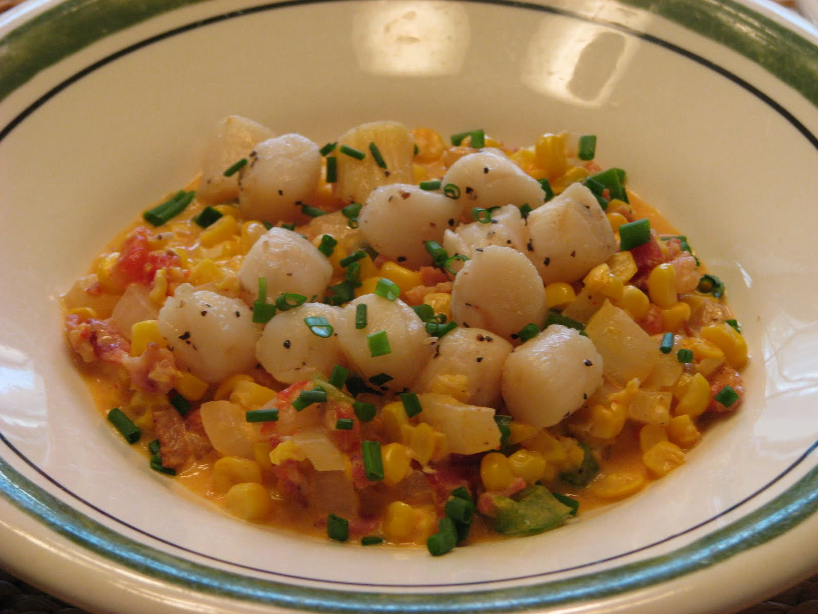 Creamy Scallops And Peppers Recipe — Dishmaps