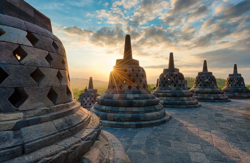 consept and tempel photography architectural hotel borobudur photogtaphy landscape and art photo
