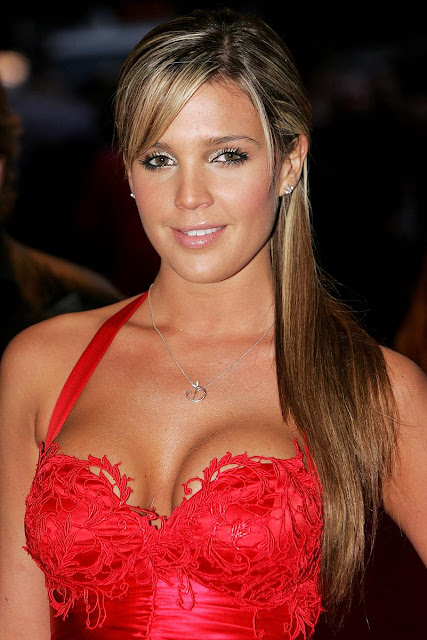 Danielle Lloyd Hot Photos