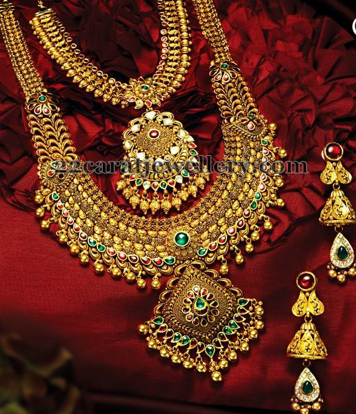 Tremendous Traditional Jewelry Jewellery Designs