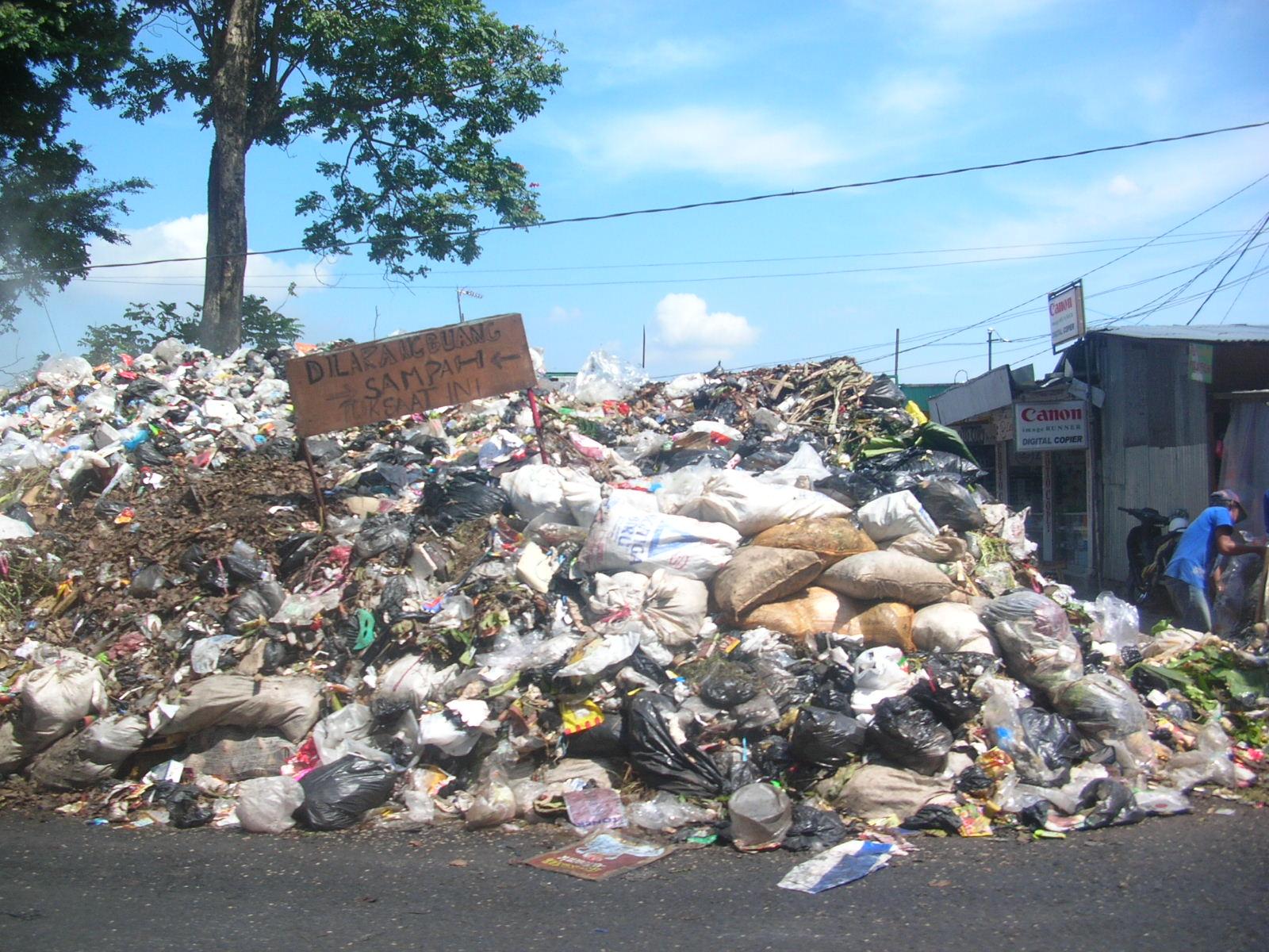 Rakyat Malaysia Buang 1.8 juta Tan Sampah Setahun- Hebat ke Tak Hebat?