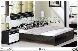 Tempat tidur Type Minimalis Modern River