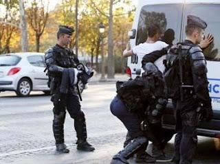 http://infomasihariini.blogspot.com/2015/11/sebab-akibat-serangan-teror-diparis.html