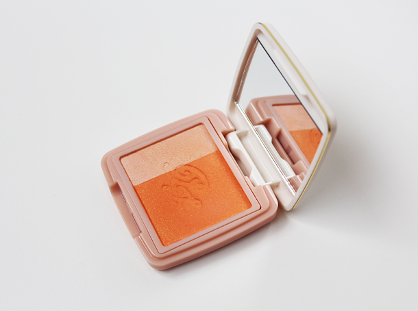 paul and joe cheek color review peaches and cream