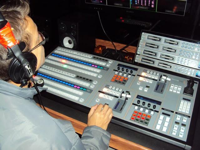 Empresa HD Produções faz pré-edição das imagens do evento por meio de um swith com entrada para 16 câmeras em full HD | Foto: Karlos Aires