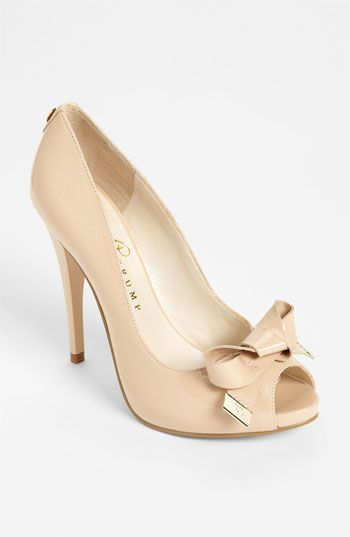 Gorgeous Bow Pump Shoes