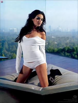 Mila Kunis Actress Beautiful HQ Wallpaper-81-800x600