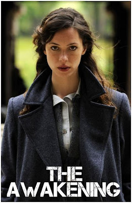 http://4.bp.blogspot.com/-YnTX3sYYYOc/TnJjY3YSeeI/AAAAAAAAEqQ/kOhPuKieMPQ/s400/Rebecca-Hall-in-The-Awakening-2011-Movie-Image-600x901.jpg