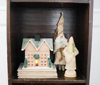 decorated holiday bookshelf 2