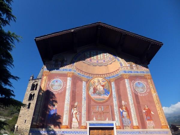 Italie Aoste Aosta église aymavilles