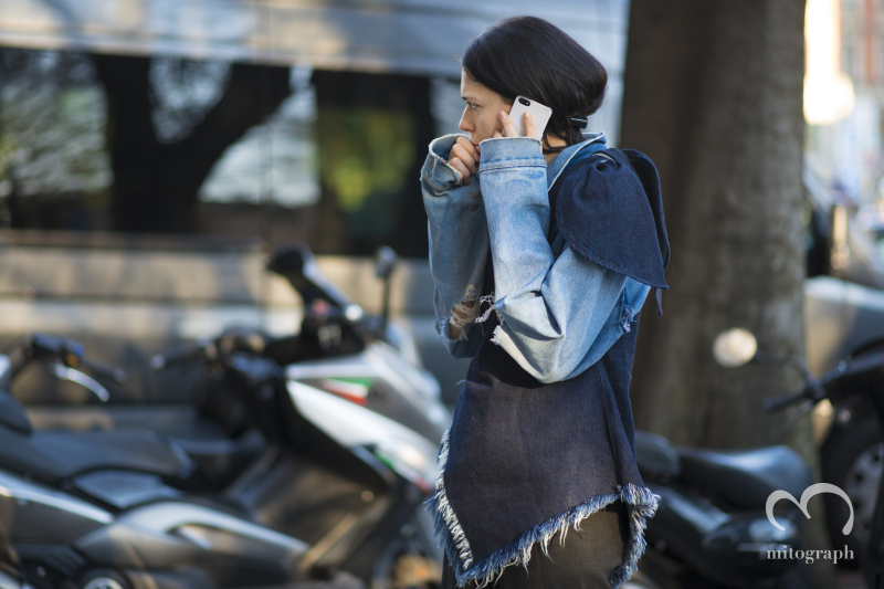 Stylist Elizabeth Black is looking for her friend after JilSander Show at Milan Fashion Week MFW