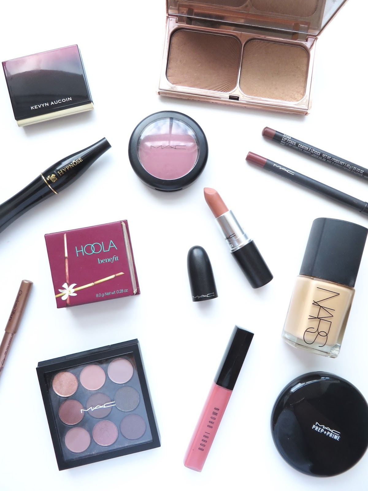 best beauty products of 2015, foundation, bronzer, charlotte tilbury bronze and glow, mac blush, mac velvet teddy, mac lip liner