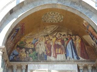 Detalle Mosaico de la Fachada . Basilica de San Marcos en Venecia. Italia