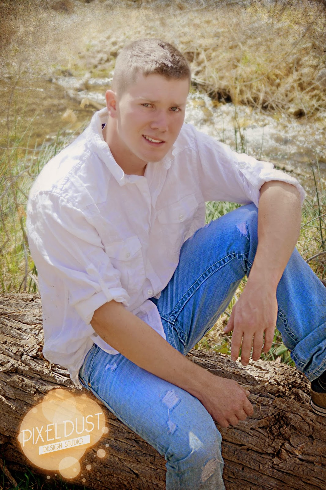 young man senior pictures 2015