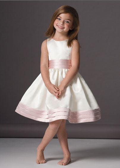 Emoo Fashion: Kids Designer Clothes 2012