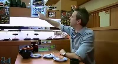 بالصور.. أول مطعم سياحي إلكتروني في العالم ...بدون عمال !!!!