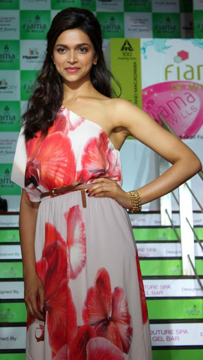 deepika padakone latest photos