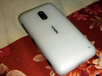 Lumia 620 back shot