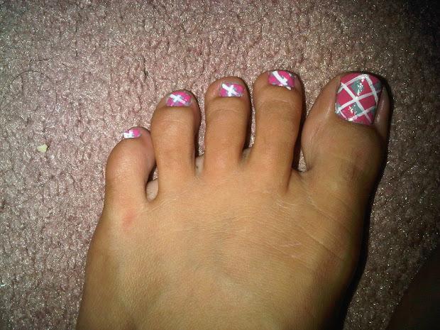majnooni beauty creepy feet
